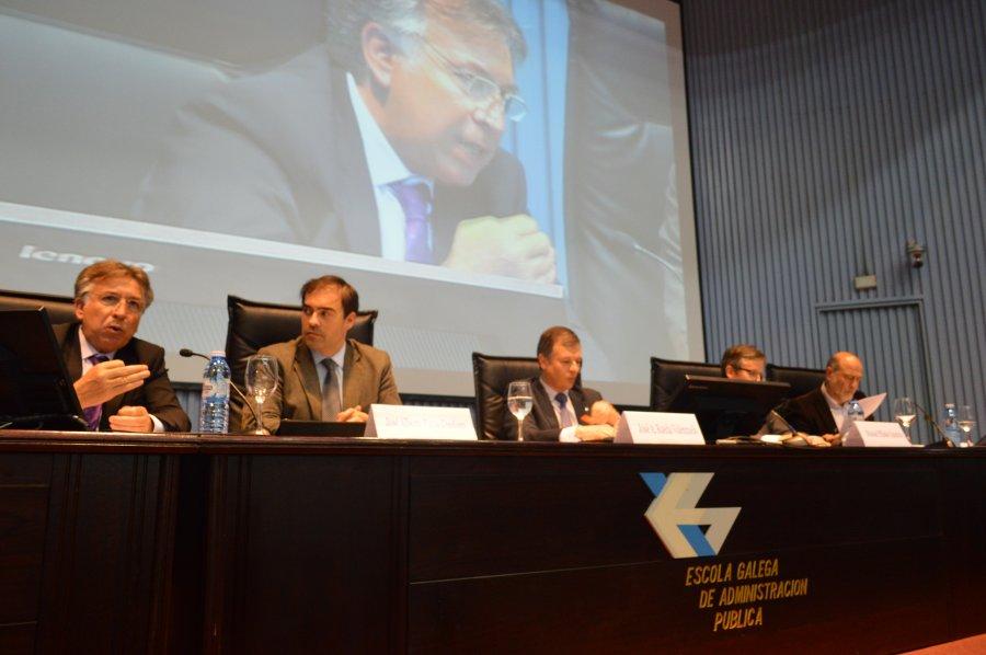 Mesa redonda: Galicia e a reforma local